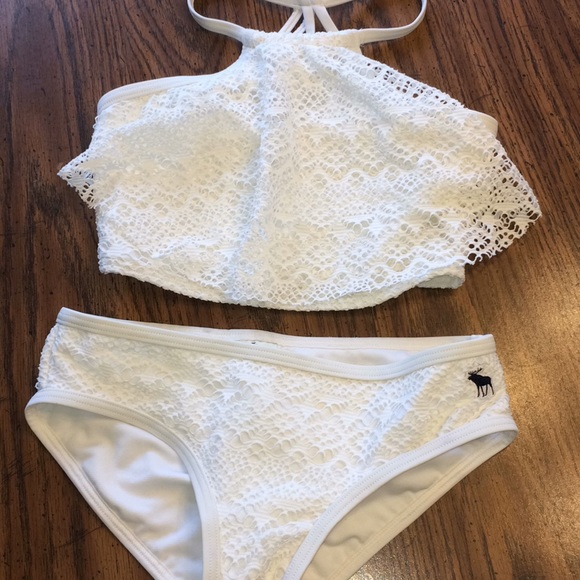16a2eb6e1ab14 abercrombie kids Other - Abercrombie white high neck two piece bathing suit